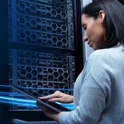Grâce à l'augmentation des capacités des serveurs, des CPUs et des nouveaux composants, on réduit drastiquement le nombre de serveurs nécessaires pour un workload donné, souligne Jean-Sébastien Volte, Brand Manager offres Serveurs et Réseaux chez Dell Tec