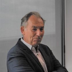 « Notre choix s'avère d'ailleurs payant puisque nous voyons le marché évoluer d'une approche à l'origine plutôt qualifiée de do it yourself à cette approche de solution managée », constate Philippe de Lussy, PDG d'e-Qual.