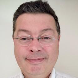 « Le cloud ne répond pas à tout, les entreprises doivent conserver un noyau en interne qui leur apporte cette capacité à bouger et à réagir sans être dépendantes», assure Michel Mounir Reguiai, directeur des solutions datacom chez Huawei EBG.